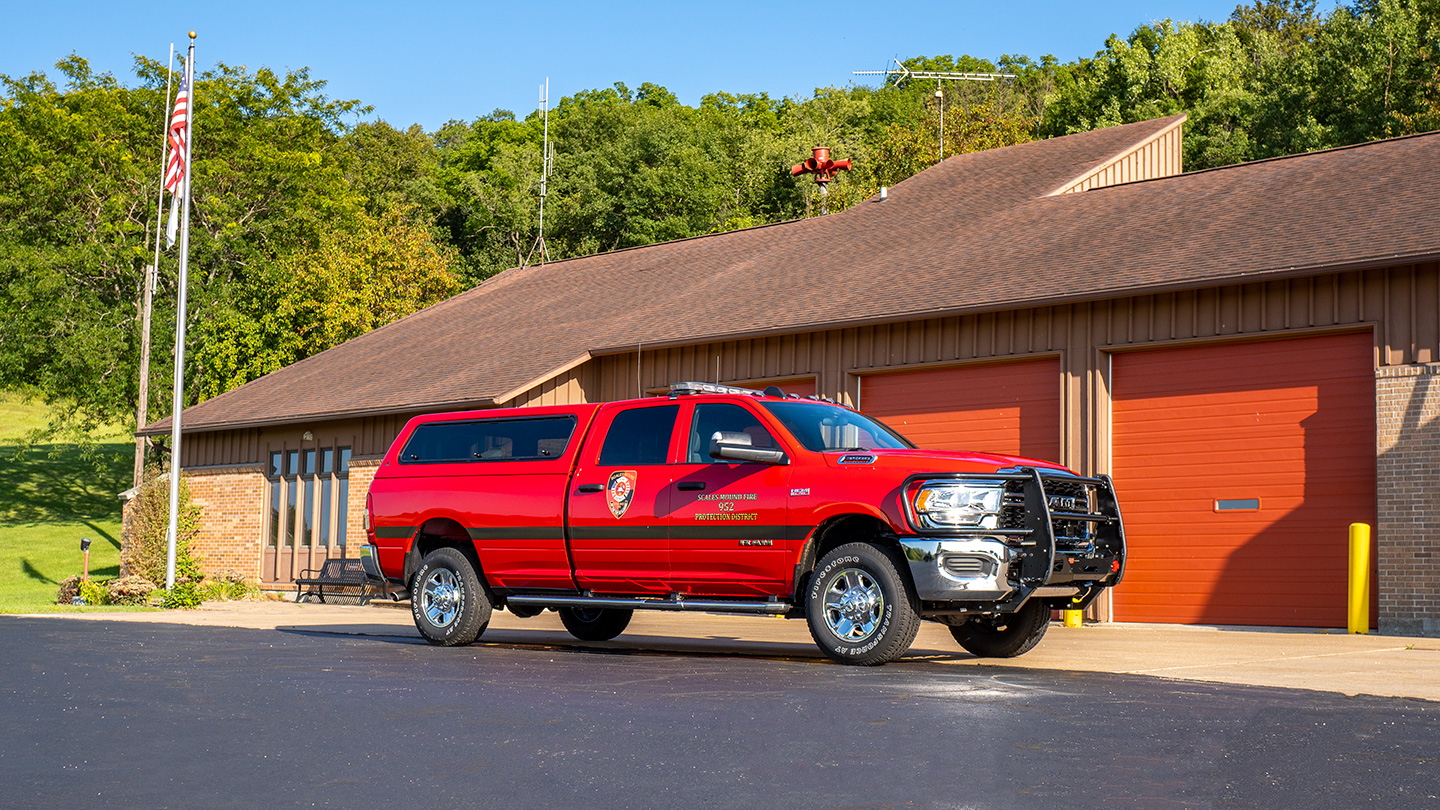 Command/Transport Vehicle 952 of the Galena Territory Fire Station (Scales Mound Station 2)